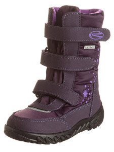 winterstiefel-in-aubergine